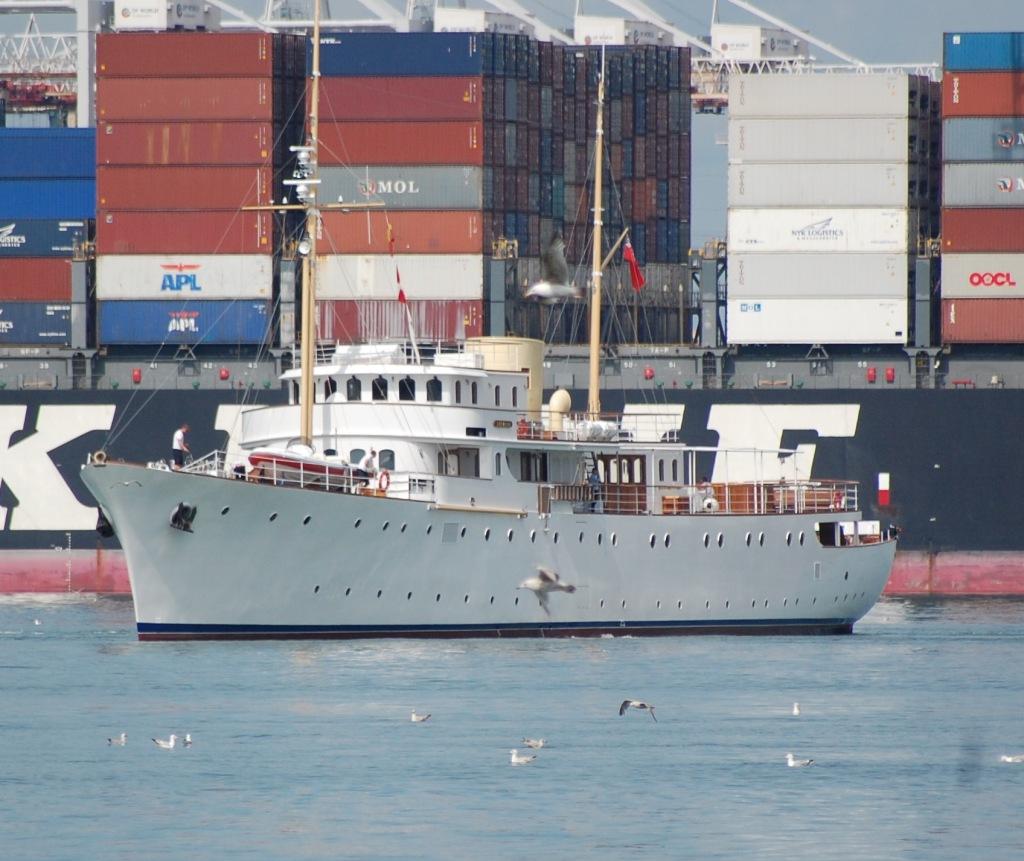 Shemara 'resting' close to Southampton docks