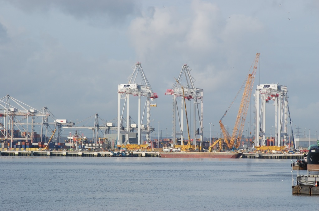 Southampton Port is ready to handle the world's largest ships