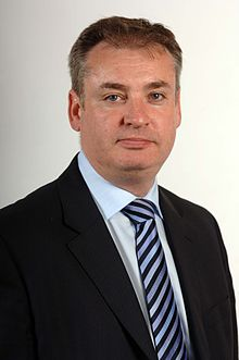Scottish Minister, Richard Lochhead, calls for funding for emergency towing vehicles to be extended
