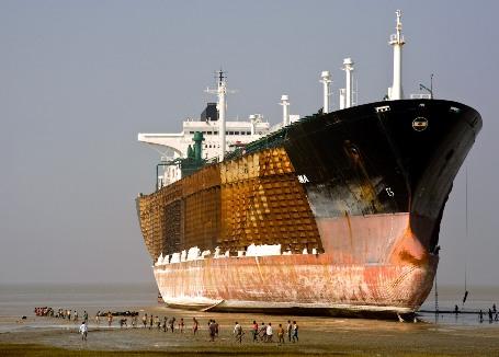 The NGO Shipbreaking Platform keeps track of these global shipbreaking trends