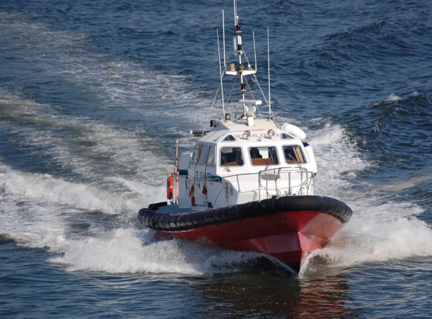 Just a photo I managed to take of a Le Havre pilot boat following beside the ferry I was on recently on a sunny evening