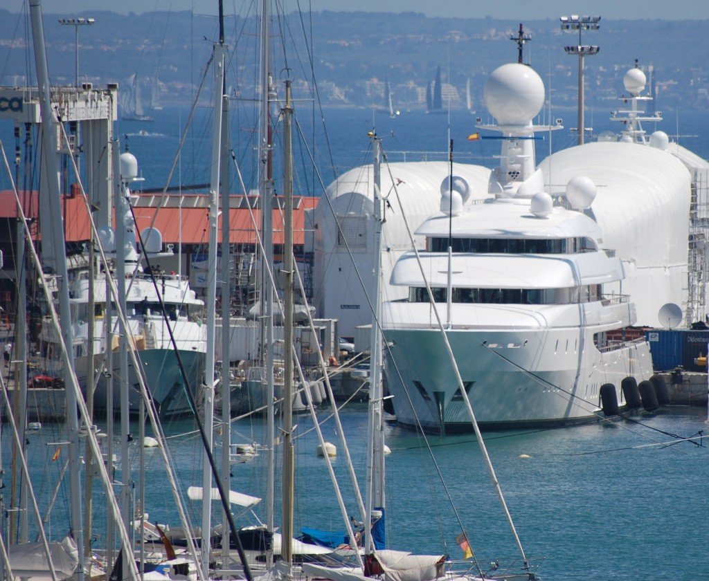 Impending legislation changes means superyachts may soon be allowed to stay in Washington waters tax free