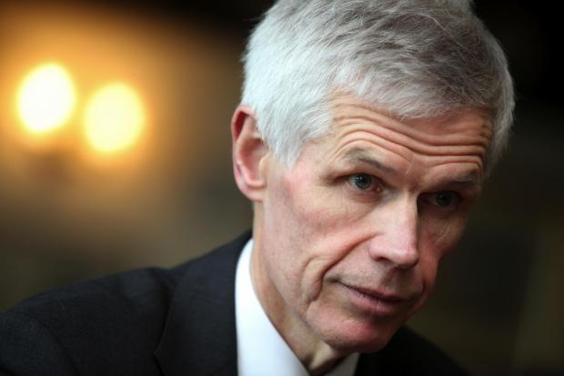 Sir Alan Massey will present the 2016 IIMS Silver Jubilee Award for Excellence