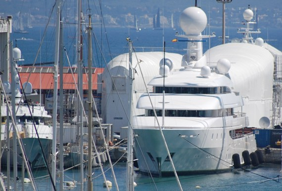 The superyacht industry is experiencing solid growth according to a recent survey