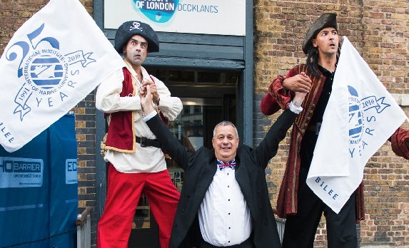 Never before have I been dwarfed by two such menacing looking pirates!