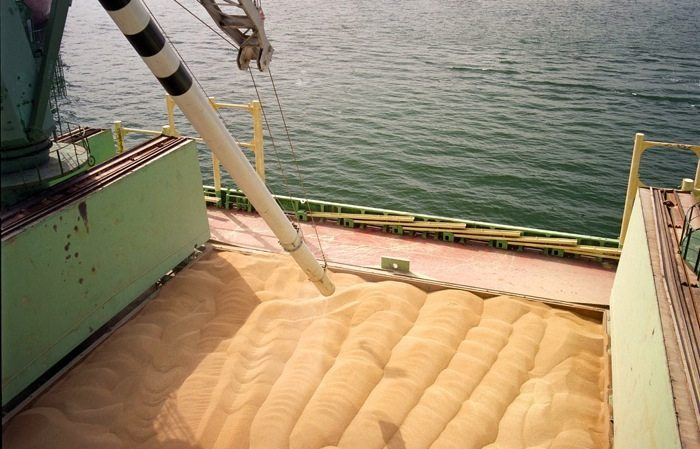 The need for ventilation when shipping grain cargoes is the subject of new advice from the UK P&I Club