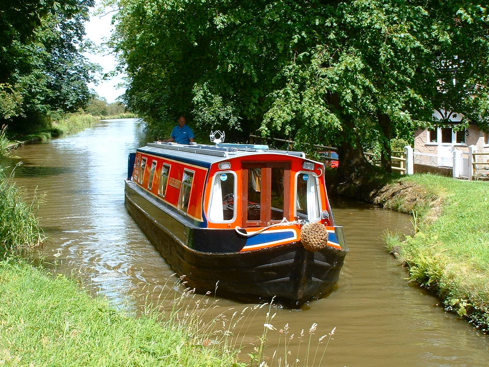 River Canal Rescue reports that canal boat breakdowns are on the increase