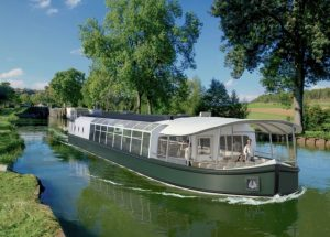 Fleet of battery powered zero emissions barges set for French waterways