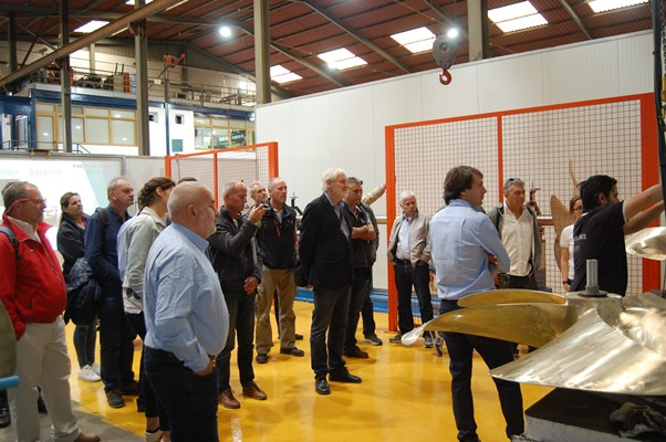 IIMS members watching a practical demonstration of Prop Scan at the METALNOX facility