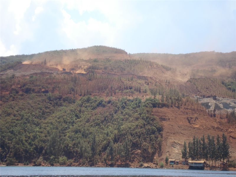 Nickel ore mines in Indonesia. Photo from www.skuld.com