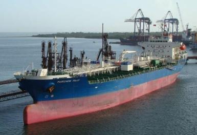 Overpressurization onboard Fairchem Filly report